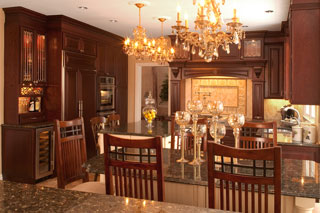 Mahogony Dining Room With Chandelier